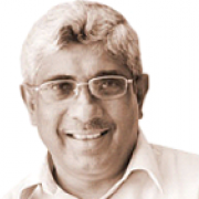dr-praneeth-abeysundara.png